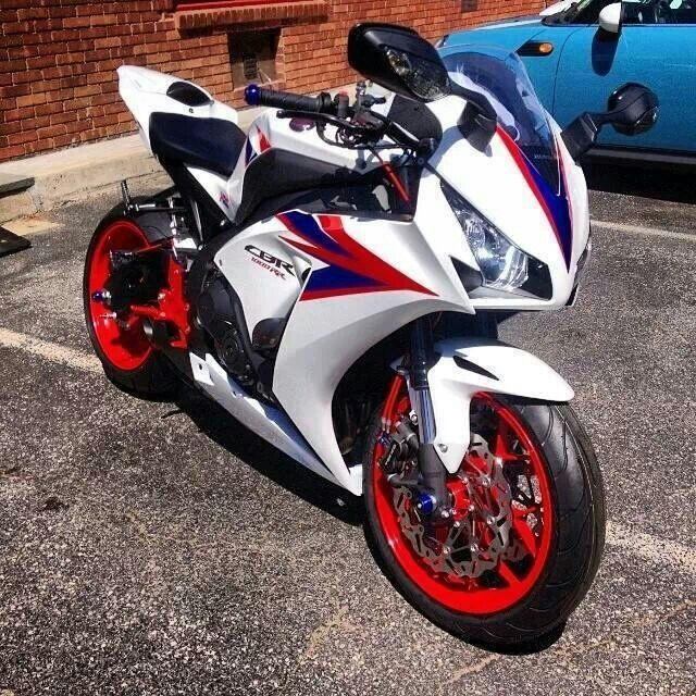 120 best Honda CBR Fireblade images on Pinterest