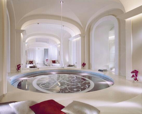 wowPlaza Athéné, Elle Decor, Christian Dior, Plaza Athens, Hotels Plaza, Dior Institution, Paris Hotels, Luxury Hotels, Spa