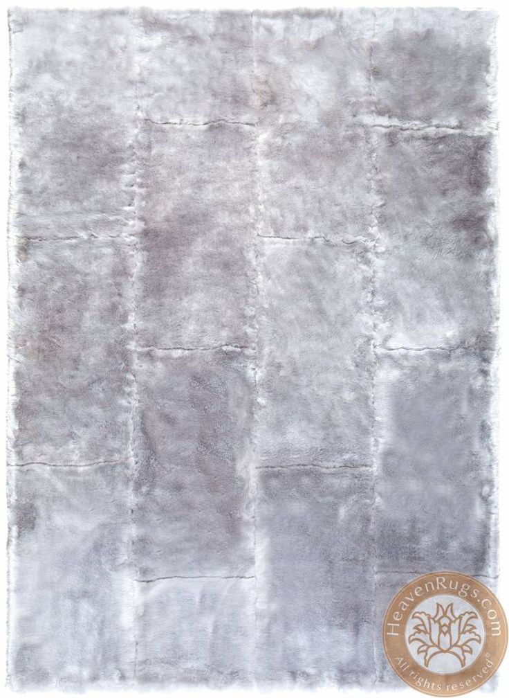 Feel Faux Fur. Modern carpet. Brand: Ligne Pure.