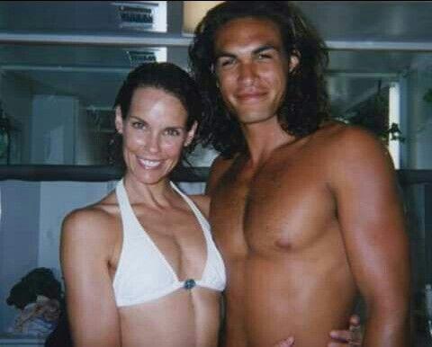 ~Jason & Alexandra Paul on the set of Baywatch: Hawaiian Wedding~