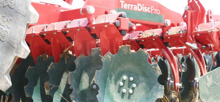 Das belgische Landtechnikunternehmen Beyne NV hat entschieden, die Produktion der Kurzscheibenegge TerraDiscpro des insolventen Unternehmens Vogel&Noot weiterzuführen. In sehr naher Zukunft wird das gesamte Produktprogramm an angebauten, aufgesattelten, starren und klappbaren Maschinen wieder erhältlich sein.  l