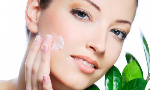 Hay varias cosas que puedes hacer para hidratar la piel y evitar que se reseque http://adrianabetancur.com/#!/como-eliminar-la-resequedad-de-la-piel/