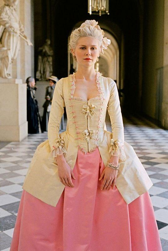 Фильм «Мария – Антуанетта» 18 век.