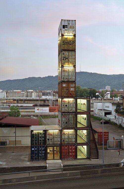 store made from 17 containers http://rodrigobarba.com/blog/2012/02/01/freitag-uma-loja-com-17-conteineres/