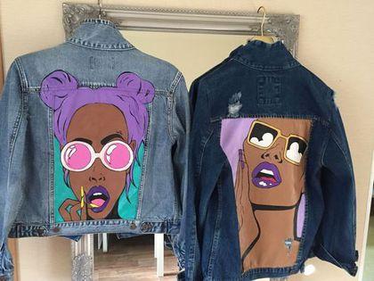 Купить или заказать Джинсовая куртка в стиле поп - арт в интернет-магазине на Ярмарке Мастеров. Джинсовая карточка с любым рисунком из акрила, может быть выполнена под заказ! Стильная и незаменимая вещь этого сезона! Любой размер до 46/48 включительно.