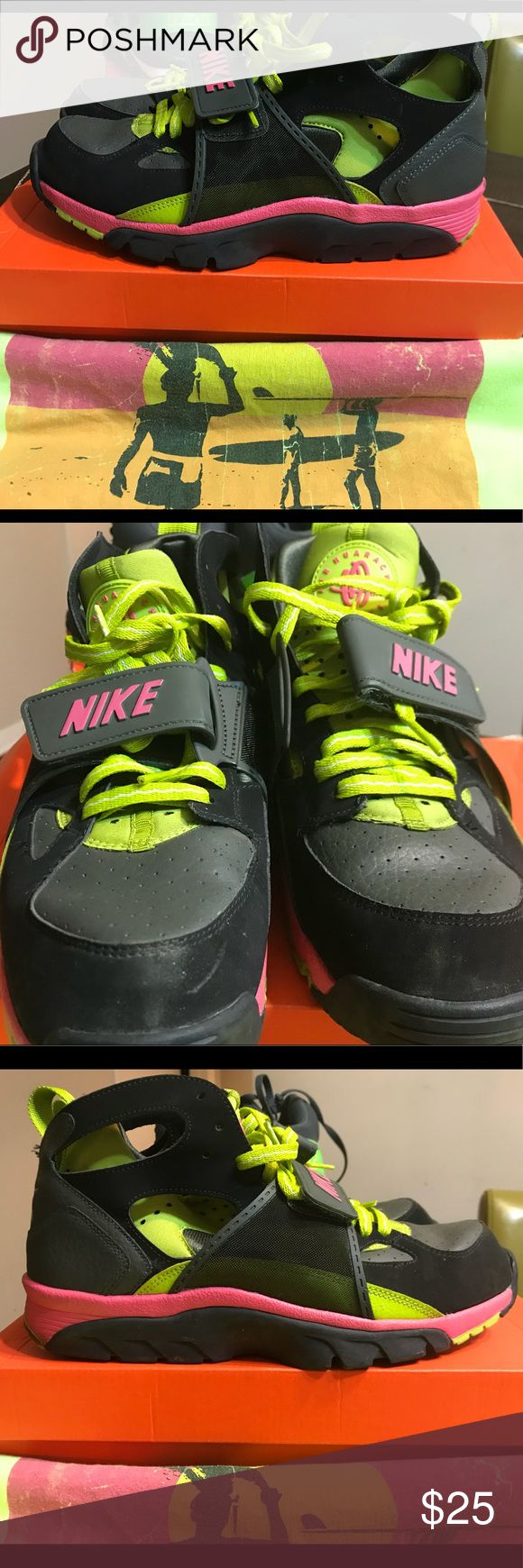 Nike Air trainer huarache men's sz 10 Ok condition, fair for the price still a great sneaker,  rare color wave... Nike Shoes Sneakers