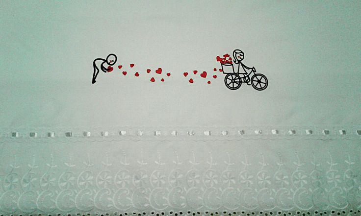 Sábanas para novios bordada #amor #romance #regalo #romántico #matrimonio #sabanas #bordado #novios