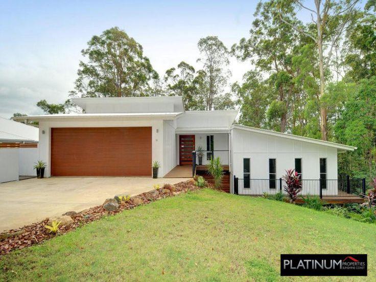 cooroy 205 split level design with modern timber look garage door tru built builders - Split Home Designs