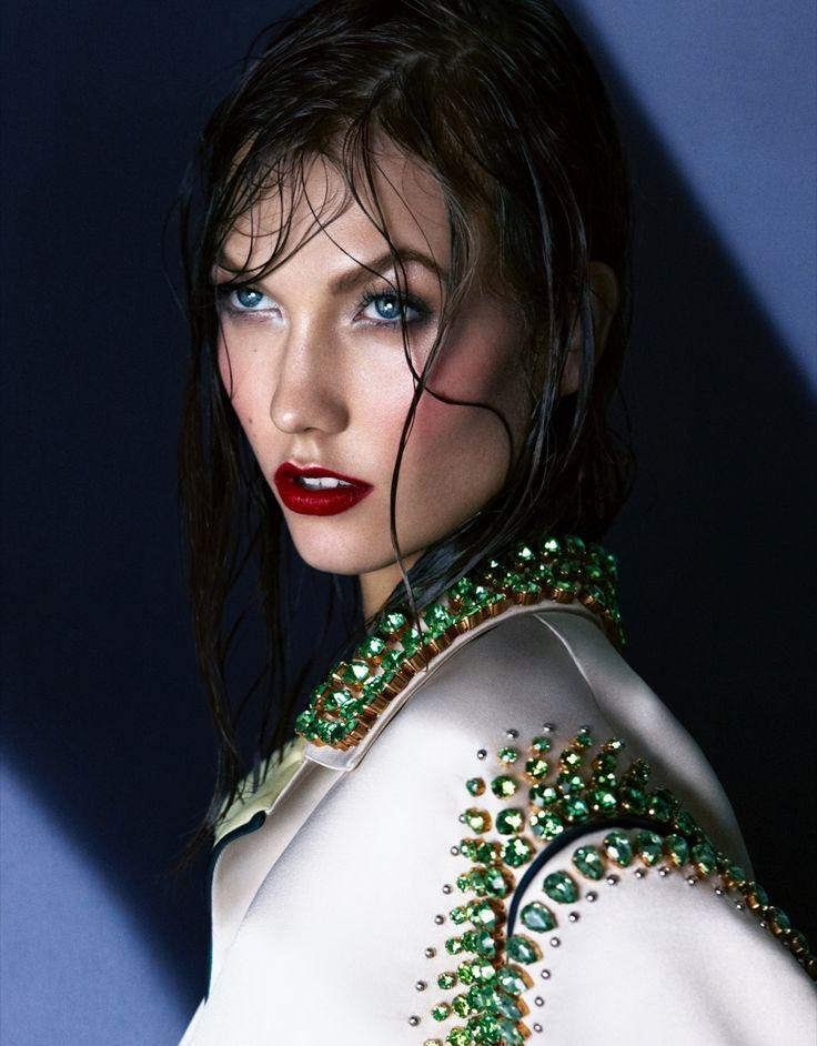 Vogue Australia_Karlie Kloss_071211 001b.jpg