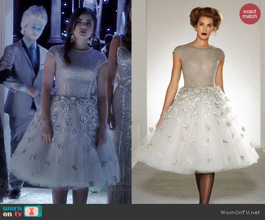 Aria's Christmas dress on Pretty Little Liars.  Outfit Details: http://wornontv.net/41697/ #PLL