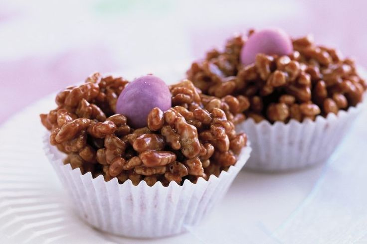Kids will love these chocolate crackles with an Easter twist. Most adults won't mind them either!