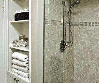 Ванная комната шкаф Идеи хранения Традиционный Ванная комната с белым Вуд В США Шкафчик для ванной Идеи хранения переходного шкаф с бельевой шкаф организации в Цинциннати шкаф