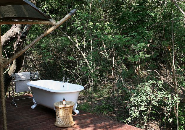 A bath in the forest is just another way Nkomazi Game Reserve sets itself apart.