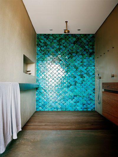 Nice Maritim by Sarah Davison Interior Design Wie ein echtes Fischschuppenkleid schillert diese Wand an