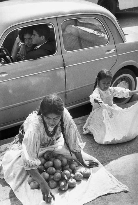 Mexico City 1963  Photo: Henri Cartier-Bresson