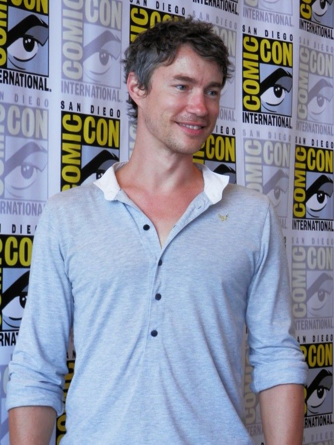 tom wisdom | Dominion at SDCC: Tom Wisdom – Not Much of a Light Side to Michael ...