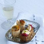 Scopri come preparare i mini pudding con gorgonzola e mele cotogne, la ricetta di un antipasto semplice ma gustoso e sfizioso.