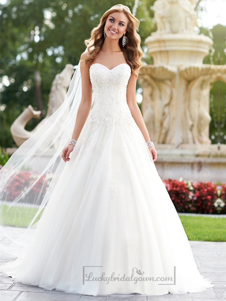 A Line Sweetheart Diamante Embellished Wedding Dresses