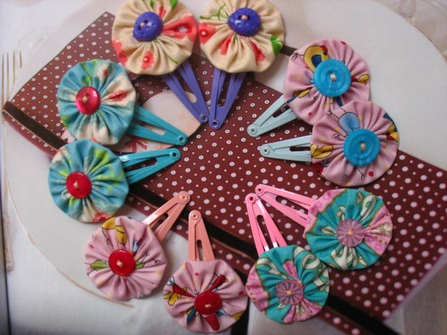 Fuxico Yoyo flowers hairclips | Felt from Felt.co.nz