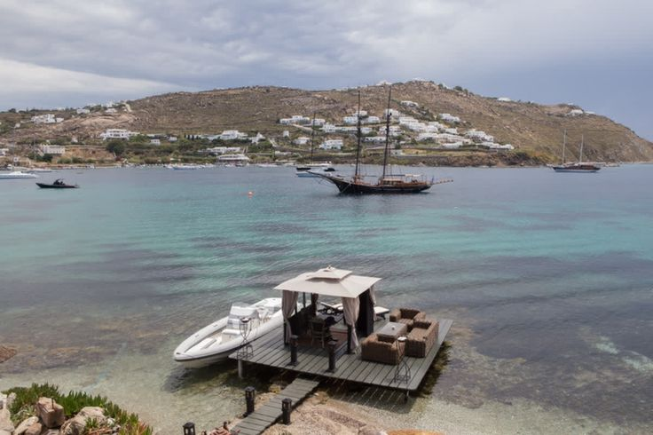 Close your eyes and imagine your fantasy holiday moment; dinner for two at the water's edge; a quick spin round the bay on a speed boat; a glass of champagne in your room in the early hours… At #Kivotosmykonos, you only have to ask! http://qoo.ly/gcmyb