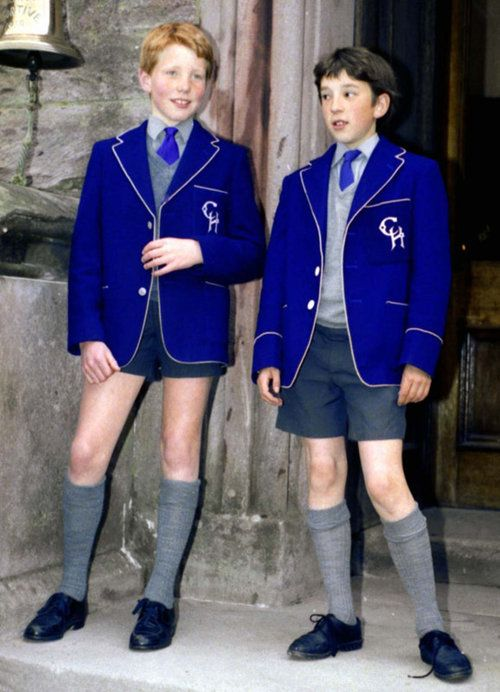 kneesocks1: I wish Jason would join this blog….. he has more of these boys Nice short shorts worn by the boy on the left