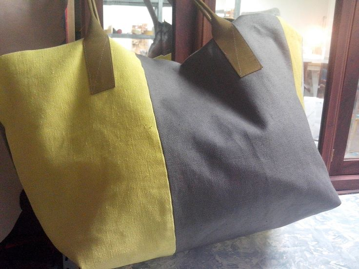 Big size bag in cppton ,silk and leather handle.