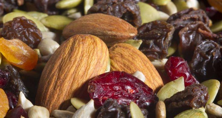 #LiveMore Proteinhaltige Lebensmittel: Diese Snacks machen satt und doppelt fit