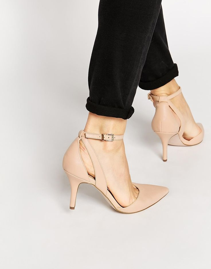 Finding low-heeled shoes is so hard these days. ASOS STAGE-STRUCK Pointed Heels