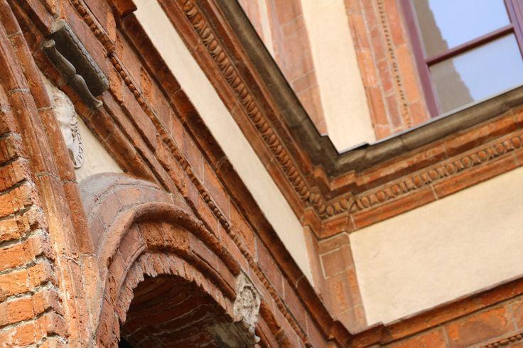 MILANO centro, appartamento ultimo piano Palazzo Pozzobonelli Isimbardi, Duomo, particolare 1; phone +39 02 95335138; info@casaestyle.it; www.casaestyle.it