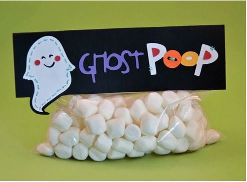 DIY Ghost Poop «Popsicle Toes Card Creations  Adorable last minute Halloween fun. The link was originally a ree printable but now it is $3.00. I think you could DIY your own adorable ghost poop bags don't you?Holiday, Halloween Parties, Halloween Fun, Cute Ideas, Ghosts Poop, Kids, Halloween Treats, Marshmallows, Halloween Ideas