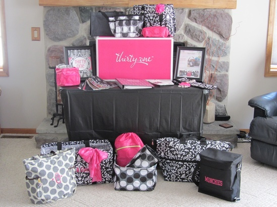 pintrist  thirtyone displays | thirty one party display repinned from thirty one by vanessa o neal