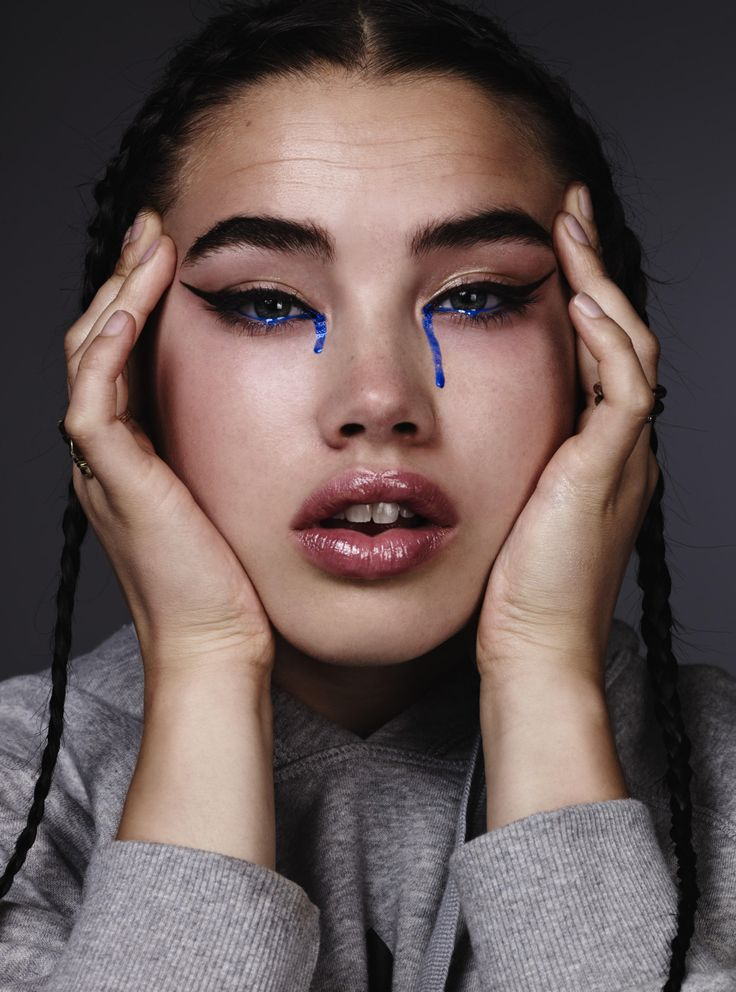 Makeup Artist and Illustration