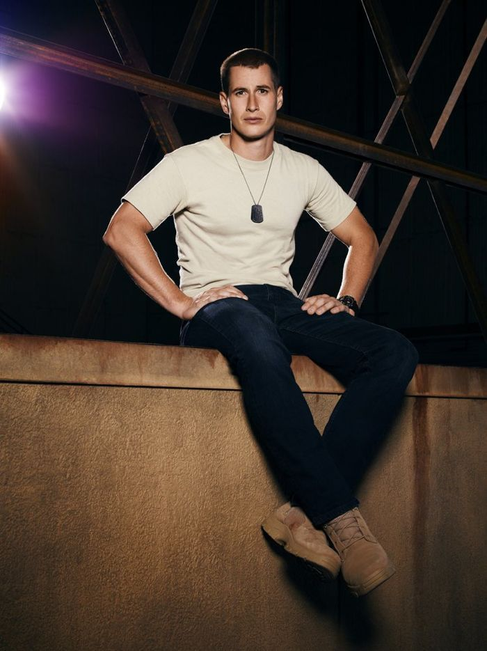 Drew the Night Shift | THE NIGHT SHIFT — Season: Pilot — Pictured: Brendan Fehr as Drew ...