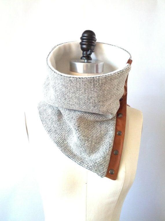 Capot de laine italienne gris clair écharpe par System63 sur Etsy