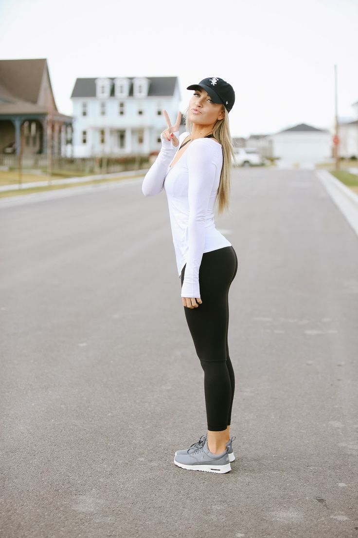 Best 25 Workout Outfits Ideas On Pinterest Sport Outfits Athletic Outfits And Sporty Fashion