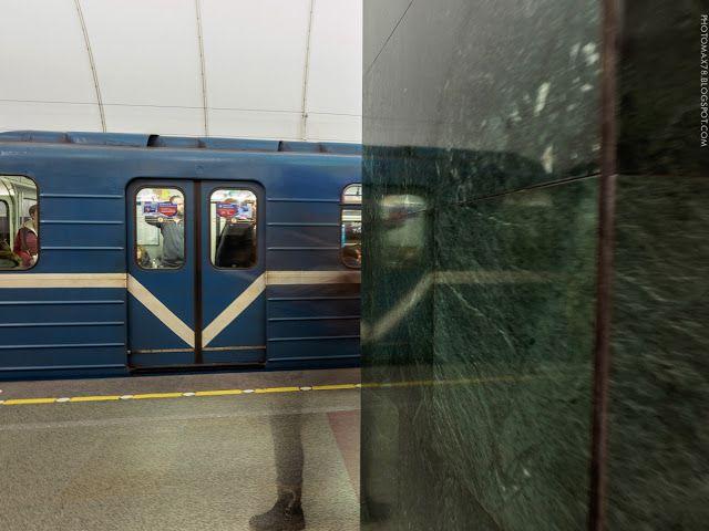 Alexandr Maximov: Станция метро Звенигородская