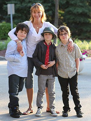 Photo de Lauren Holly  & son fils  Henry Greco