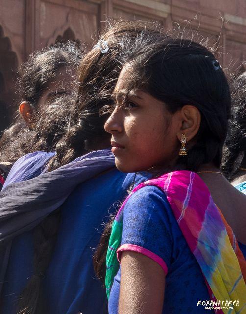 Girl at Taj Mahal