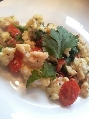 Hungry Hubby's Lunches: Scramble eggs with coriander and tomatoes - Cohen Diet