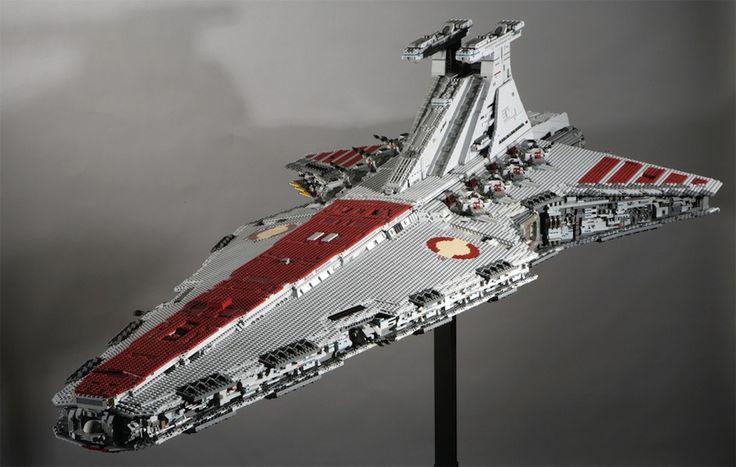 Ultimate LEGO Star Wars Destroyer