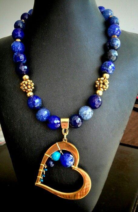 Hermoso #collar #necklace #azulrey en #agatasfaceteadas #bysimmonds…