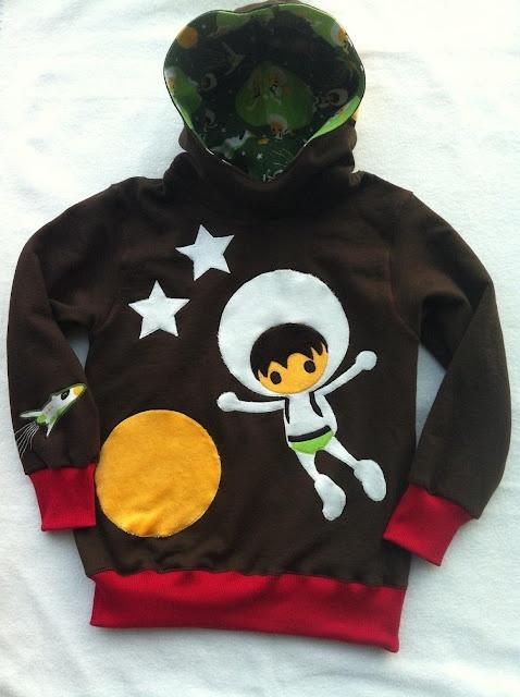 aennie: Little Astronaut