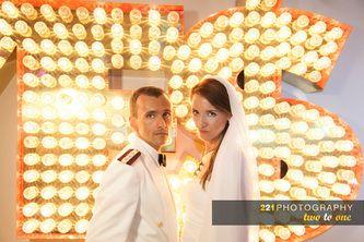 Στη δεξίωση. Ο γάμος της Τζο και του Φάνη. Semiramis Hotel.  221 wedding and baptism photography  #φωτογραφια #γάμου #weddingphotographygreece
