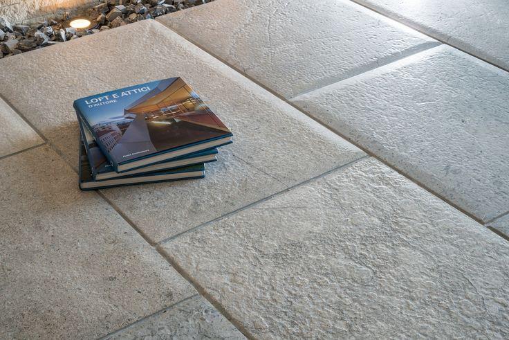 Misty Blue, brushed, cushion edges #limestonegallery #flooring #limestone #grey #mistyblue #contemporary #tiles #antiqued #cushionedges #hardfinishes #architecture #design #interiordesign #interiors