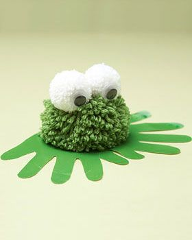 Bernat Super Value - Pompom Frog with Handprints (free craft pattern)-This is so cute! I would imagine the grandkids would love to give a hand or two to this project!