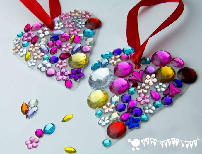 JEWELLED HEART SUN CATCHERS are so pretty! This is an easy recycled craft for kids and they make lovely gifts too.