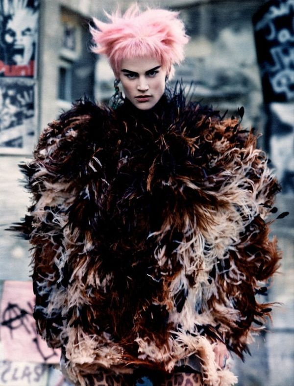 Regal Rocker Editorials - This Edgy Fashion Editorial Features Elegant Clothes with Punk Elements (GALLERY)