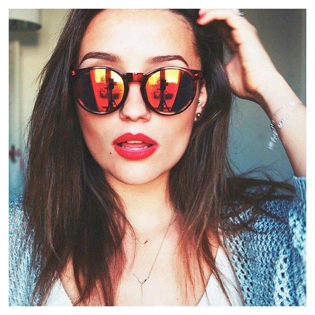 Nite nite, sweeties (pic: @chloebbbb) #misshamptons #sunglasses