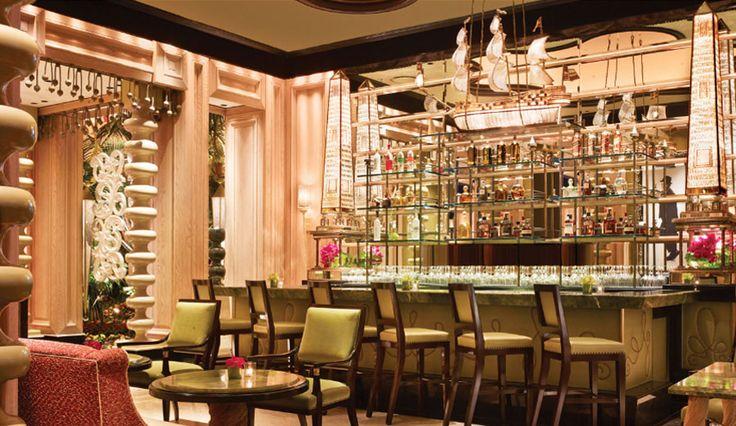 Sinatra Restaurant, Las Vegas  #bestrestaurants #paris #luxuryrestaurant Colorfull room, romantic. See more inspirations at www.luxxu.net