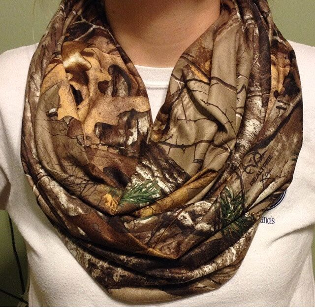 Realtree Camo Infinity Scarf by ScarvesBundleUp on Etsy, $18.00